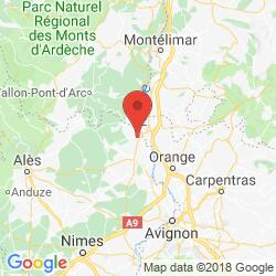 Holiday rental in Pont-Saint-Esprit, Ardèche canyon
