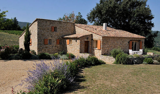 Luberon holiday homes accommodation cottages vacation for Provence homes