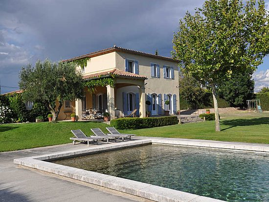 visit all the new holiday properties for rent with provence villas