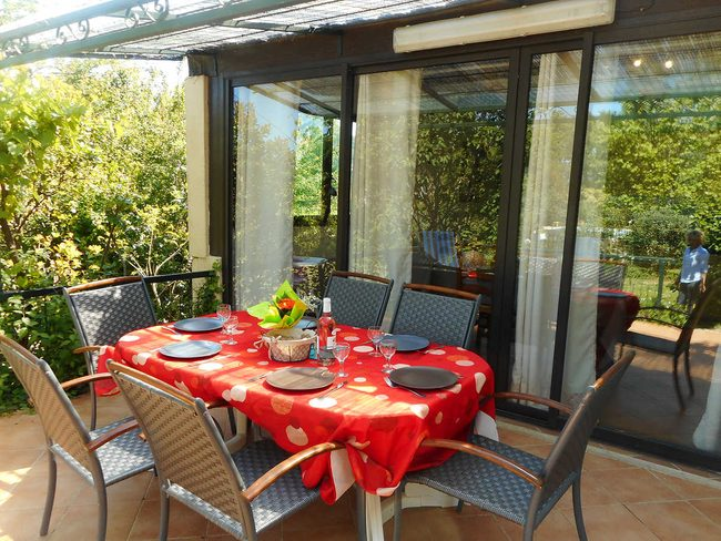 Holiday Rentals In Provence